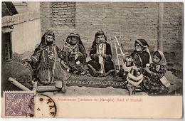Femmes Arméniennes (Costumes De Maragha) Filant Et Tricotant - Armenia