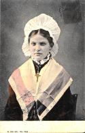 [DC11026] CPA - DONNA SVIZZERA - Viaggiata 1906 - Old Postcard - Cartoline