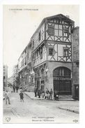 MONTFERRAND  (cpa 63)  Maison De L'Apothicaire - Café Comptoir -    - L 1 - France