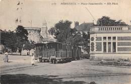 24 - DORDOGNE / Périgueux - 24701 - Place Faucheville - Beau Plan Tramway - Périgueux