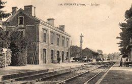VIVONNE.....la Gare...236 - Vivonne