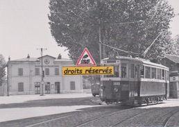 Motrice Du Tram 68 Devant La Gare Blancarde à Marseille (13) - - Cinq Avenues, Chave, Blancarde, Chutes Lavies
