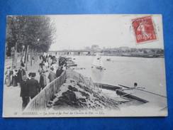HAUTS DE SEINE   92   ASNIERES     -   LA SEINE ET LE PONT DU CHEMIN DE FER      TRES  ANIME    TTB - Asnieres Sur Seine