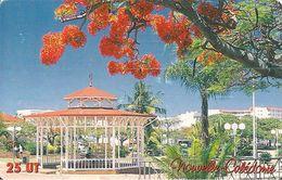 CARTE°-PUCE-NOUVELLE CALEDONIE-NC104-25U-10/02 -GEM A-NOUMEA KIOSQUE MUSIQUE-UTILISE-BE - New Caledonia