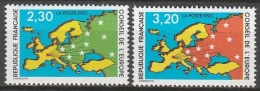 France   .    Yvert   .    S. 104/105      .       **      .      Neuf SANS  Charniere   .    /    .     MNH - Dienstzegels