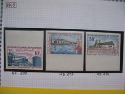 Timbre Non Dentelé   N° 272 à 274  Développement économique  1969 - Mauritania (1960-...)