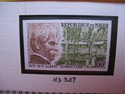 Timbre Non Dentelé   N° 327  100 ème Anniversaire De La Mort Du Docteur Schweitzer  1975 - Nigeria (1961-...)