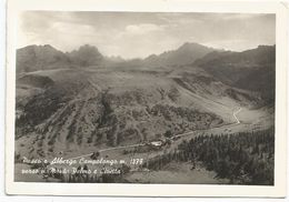 X620 Passo Campolongo (Belluno) - L'Albergo - Panorama Verso Il Monte Pelmo E Civetta / Viaggiata 1966 - Andere Steden