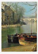 PARIS EN 1967 - LE QUAI ST LOUIS AVEC PENICHE - CPSM GF VOYAGEE - De Seine En Haar Oevers
