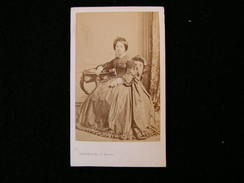 Cpa Ancienne Photo Cdv Rosalie Daubrée Femme Auguste  Geologue Speleologue Membre De L'academie Des Sciences Disderi - Photos