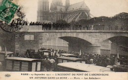 75 PARIS Accident Du Pont De L'Archevéché 17 Septembre 1911 Un Autobus Dans La Seine 11 Morts - Transport Urbain En Surface