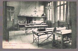 BEAUVAIS . Lycée Félix Faure - Laboratoire De Chimie . - Beauvais