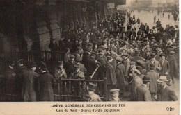 Grève Générale Des Chemins De Fer Gare Du Nord - Service D'ordre Exceptionnel - Syndicats
