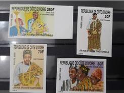 COTE D'IVOIRE IVORY COAST 2005 - IMPERF ND NON DENTELE IMPERFORATE - ROIS ET CHEFS TRADITIONNELS COSTUMES - Ivory Coast (1960-...)