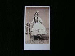 Cpa Ancienne Photo Cdv Isoline Marie Constance D'hondelot Epouse Gustave Henri Malherbe De Maraimbois Officier - Photos