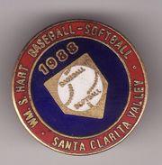 Pin's BASEBALL -- SOFTBALL -- SANTA CLARITA VALLEY 1988   ( USA -- CALIFORNIE ) - Baseball