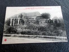 CPA - Voyage Aux Monuments Khmers - ANGKOR WAT (VAT) - Edicule En Bordure De La Grande Chaussée Intérieure - Cambodge