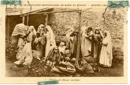 Maroc // CPA A ///  Meknes -  Missionnaires De Marie En Mission - Groupe De Fileuses Externes - Meknès