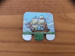 Plaque En Tôle HUILOR-DULCINE SAMO CREMOLIVE «LE CARTIER 1796» (bateau, Voilier) - Maritime