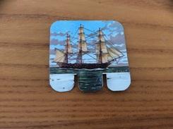 Plaque En Tôle HUILOR-DULCINE SAMO CREMOLIVE «LA BELLE POULE 1840» (bateau, Voilier) - Navigation
