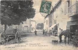 17 - CHARENTE MARTIME / Corme Royal - 17644 - Un Coin De La Place Des Acacias - Beau Cliché Animé - Défaut - Autres Communes