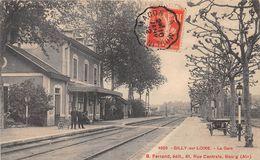 GILLY SUR LOIRE - La Gare - France