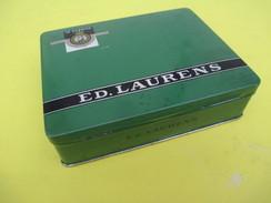 Boite Métallique Ancienne/100 Cigarettes / Ed Laurens/ Le Khédive/Extension Suisse/Genéve/Vers 1960 - 1980      BFPP192 - Boxes
