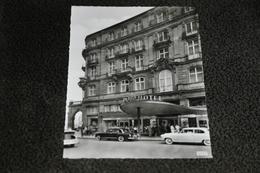 2796- Dom Hotel Köln / Autos - Koeln