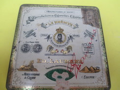 Boite Métallique Ancienne/20 Cigarettes Egyptiennes/ Ed Laurens / Le Khédive/Alexandrie & Caire/Vers 1930-1950   BFPP191 - Boxes