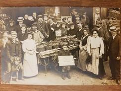 Paris.marchande De Quatre Saisons En 1907 Aux Halles Centrales,carte Photo Par Photographie Paul(voir Panneau Au Centre) - Straßenhandel Und Kleingewerbe