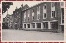 Boechout St Sint Gabrielinstituut (lichte Kreuk) - Boechout