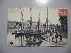 A446. CPA. 34. AGDE. Les Quais Vus De La Place De La Marine. Beau Plan Animé . écrite & Voyagée 1910 - Agde