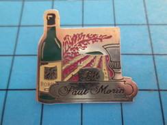 Pin811i Pin's Pins : Rare Et Belle Qualité : BOISSONS / VIN DE BORDEAU BOUTEILLE VIGNES PAUL MORIN - Boissons