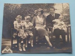 KONINKLIJK PALEIS België / Belgique Famille ROYALE ( Par Ordre Maison Du Roi ) +/- 11 X 14,5 Cm. ( Zie Foto Details ) ! - Célébrités