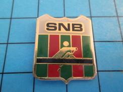 Pin713G Pin's Pins : Rare Et Belle Qualité : SPORTS / CLUB AVIRON SNB - Rowing
