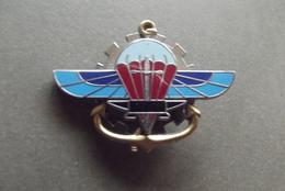 INSIGNE PARA MATERIEL  / G L F  018 - Luchtmacht