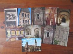 Lot De 10 Cartes De Tournus    ( Saône Et Loire )     Abbaye Saint Philibert   Voûte De La Nef Crypte St Valérien Ect... - Postcards