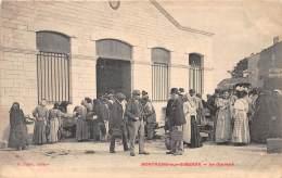 17 - CHARENTE MARTIME / 17980 - Mortagne Sur Gironde - Le Marché - Beau Cliché Animé - France