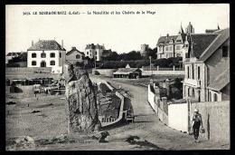 CPA ANCIENNE FRANCE- LE BOURG-DE-BATZ (44)- LE MONOLITHE ET LES CHALETS- ANIMATION- PÉCHEUR - Frankreich