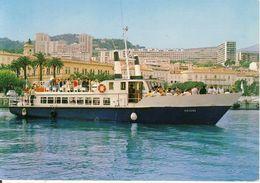 Souvenir D'Ajaccio Le Poyema Appareillant Pour Les Iles Sanguinaires Porto Et Girolata  Cpsm Format 10-15 - Ajaccio