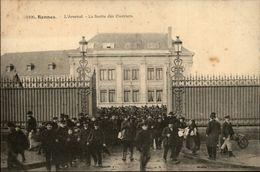 35 - RENNES - Arsenal - Sortie Des Ouvriers - Rennes