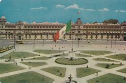 PALACIO NACIONAL Y ZOCALO/NATIONAL PALACE. MEXICO DF - CIRCA 1960S. - BLEUP - Mexico