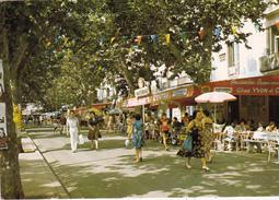 CPSM (34) AGDE Les Allées Bar Du Centre Cafés Terrasses - Agde