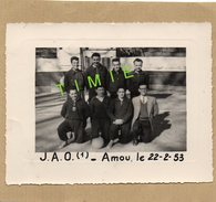 PHOTO - 64 - OLORON - EQUIPE DE BASKET J.A.O EN 1953 - MATCH CONTRE AMOU 40 - Identifizierten Personen