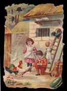 CHROMO DECOUPIS SANS PUB - Enfants Sur La Cour - Impr. Landsberg - 110x75 Mm - Enfants