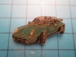 Pin613E Pin's Pins :  PORSCHE 911 COULEUR OEUF DE CANARD  , Marquage Au Dos : ------ - Porsche