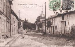 CPA - Saint-Urbain - Rue De L'église - Other Municipalities