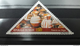 NIGER 2004 YT 1660 POTERIE AU NIGER POTTERY MNH (VERY RARE) - Niger (1960-...)