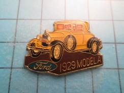 Pin613F Pin's Pins : Grand Et Beau Pin's FORD JAUNE MODEL A 1929  ; Marquage Au Dos : - ---- - - Ford