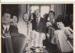 Giscard D'Estaing Au Festival Mondial De L'accordéon 1973 Avec Yvette Horner, AIMABLE, André VERCHUREN, SEGUREL, DULEU.. - Musique Et Musiciens